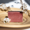 Kép 1/2 - Casa Nature kézzel készült, 100% növényi, extra gyengéd szappan tiszta organikus shea vajjal pacsuli és vanília illattal - Peace and Love